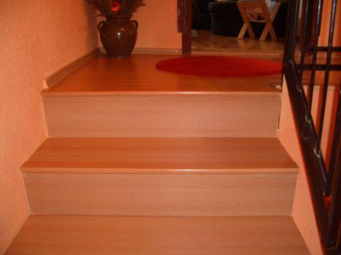 Obložení schodů plovoucí podlahou postup