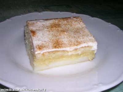 Pudingovo - smotanový koláč