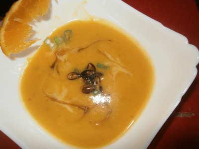 Dýňová polévka se zázvorem a pomerančem